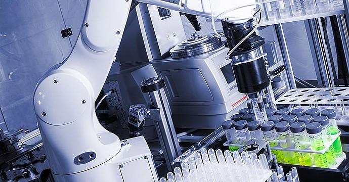 محافظت و نگهداری از تجهیزات مانیتورینگ آزمایشگاهی